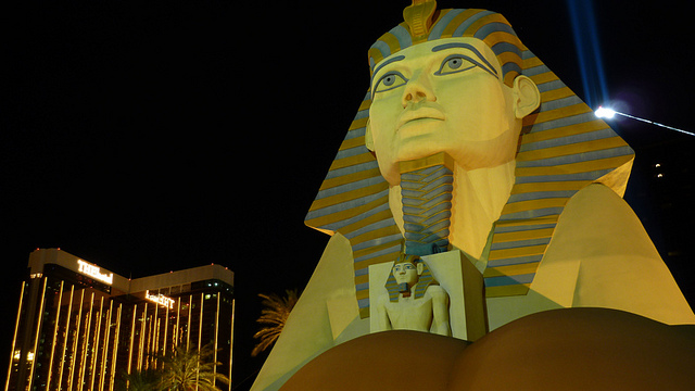 Sphinx at Luxor hotel las vegas showing big light on top on pyramid behind